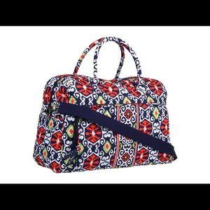 Excellent Used Condition Vera Bradley Weekend Bag